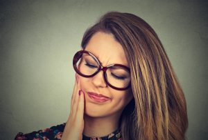 Your dentist in Columbia discusses what to do in a dental emergency.